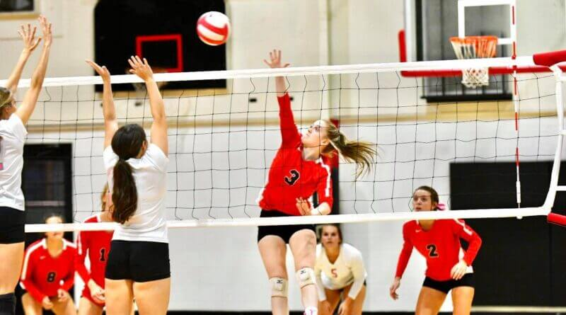 Walnut sweeps way in to 2nd round of state volleyball playoffs