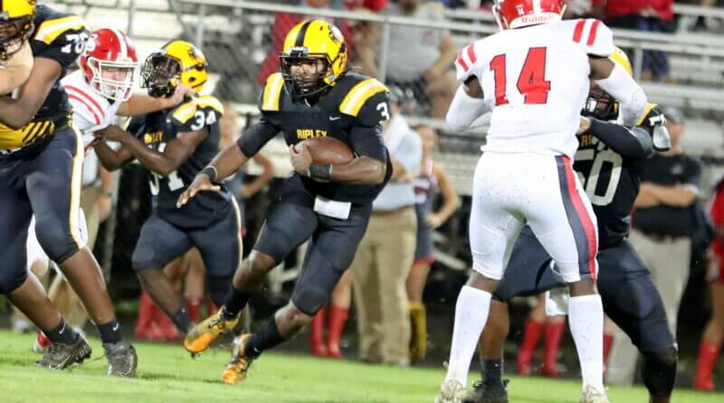 Tigers get rain delayed win over South Pontotoc on Homecoming